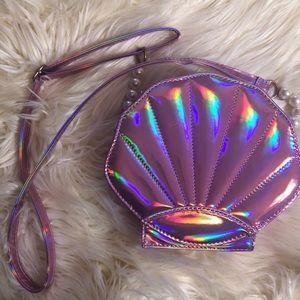 Handbags - Holographic shell purse